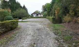 AIRE DE STATIONNEMENT - Nubécourt