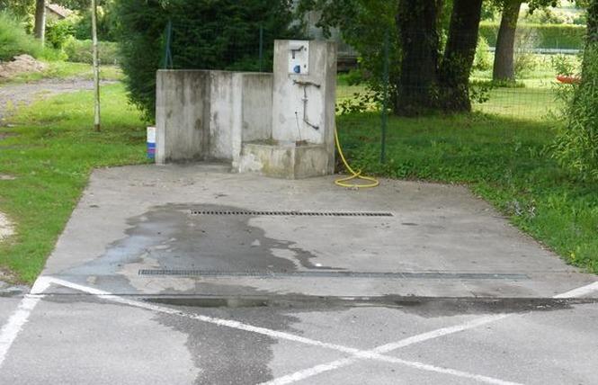 AIRE DE SERVICES CAMPING-CAR 2 - Saint-Mihiel