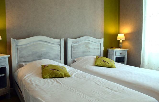 HOTEL RESTAURANT DES COTES DE MEUSE 1 - Saint-Maurice-sous-les-Côtes