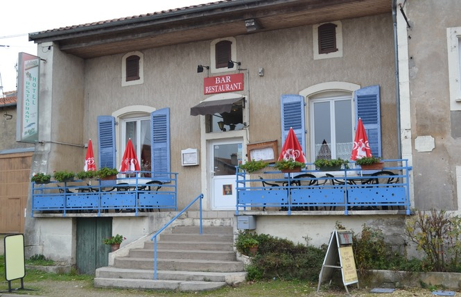 AUBERGE DU CHAUDRON FLEURI 1 - Rouvrois-sur-Meuse